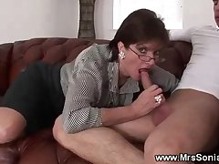 Cuckolds wife tugs younger cock