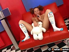 Shaved teeny takes cock brashness to pussy