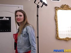 Blonde takes money for lasting sex at private casting