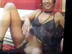 Julia du club88 s'_exhibe devant sa webcam